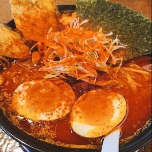 中華そば 櫓屋で漢の辛味噌をガツンと食べる!!